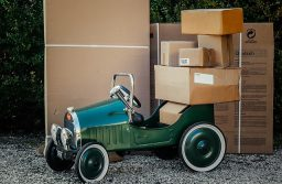 8 Neat Delivery Services