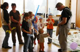 4 Reasons to Have Magical Entertainment at Your Child's Party