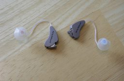 4 Types of Hearing Aids for People with Hearing Loss
