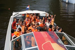 Boat Parties are on the Rise – Why Should You Experience it at Least Once?